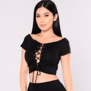 Fashion Nova Womens Plus Size Lace Up Crop Top